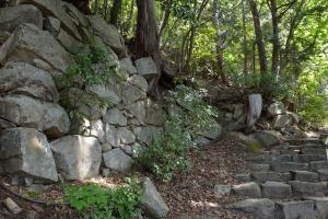 観音正寺への階段