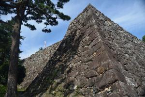 高知城・三の丸の石垣