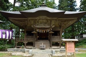 羽黒山・蜂子社
