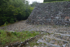 伊賀上野城・石垣