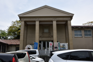 高岡城・高岡市立博物館