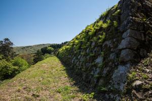 七尾城・本丸の石垣