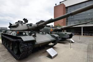 自衛隊広報センター・74式戦車