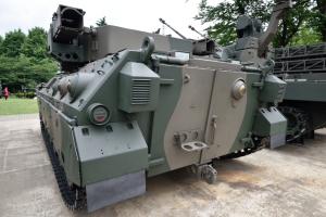 自衛隊広報センター・89式装甲戦闘車