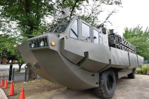 自衛隊広報センター・94式水際地雷敷設装置