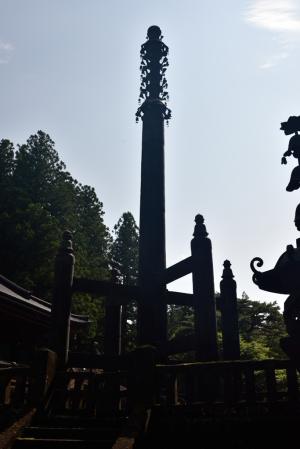 輪王寺・相輪塔
