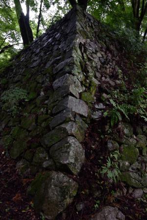 高取城・三之丸の石垣
