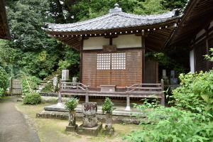 大野寺・霊牌堂
