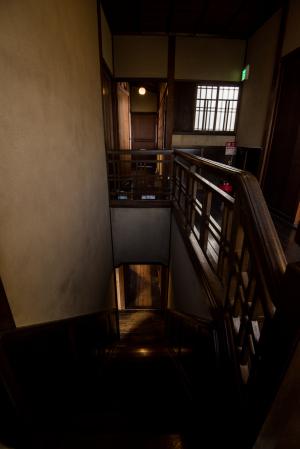旧三井家下鴨別邸・階段