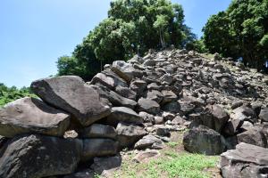石垣山城・二ノ丸への登城路