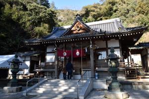 白山比咩神社・拝殿