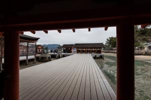 厳島神社・右楽房