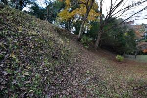 笠間城・八幡台の土塁