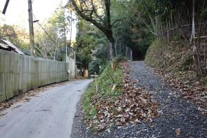 芥川城・入り口