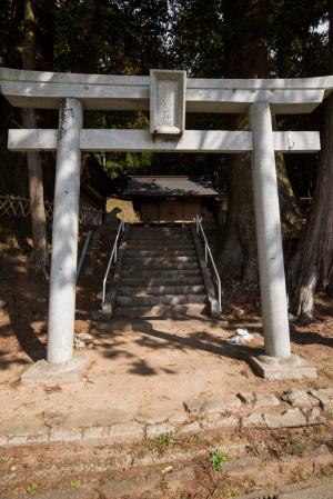 古宮城・白鳥神社