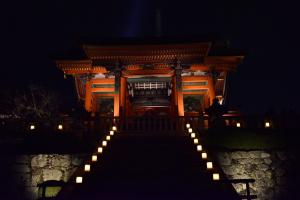 清水寺ライトアップ・西門