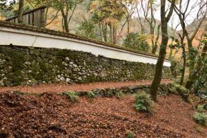 高山寺・石水院の石垣