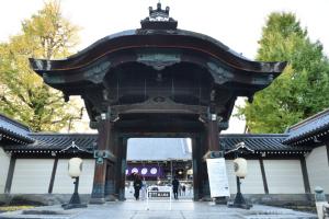 東本願寺・阿弥陀堂門