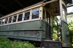 平安神宮・日本最古の電車